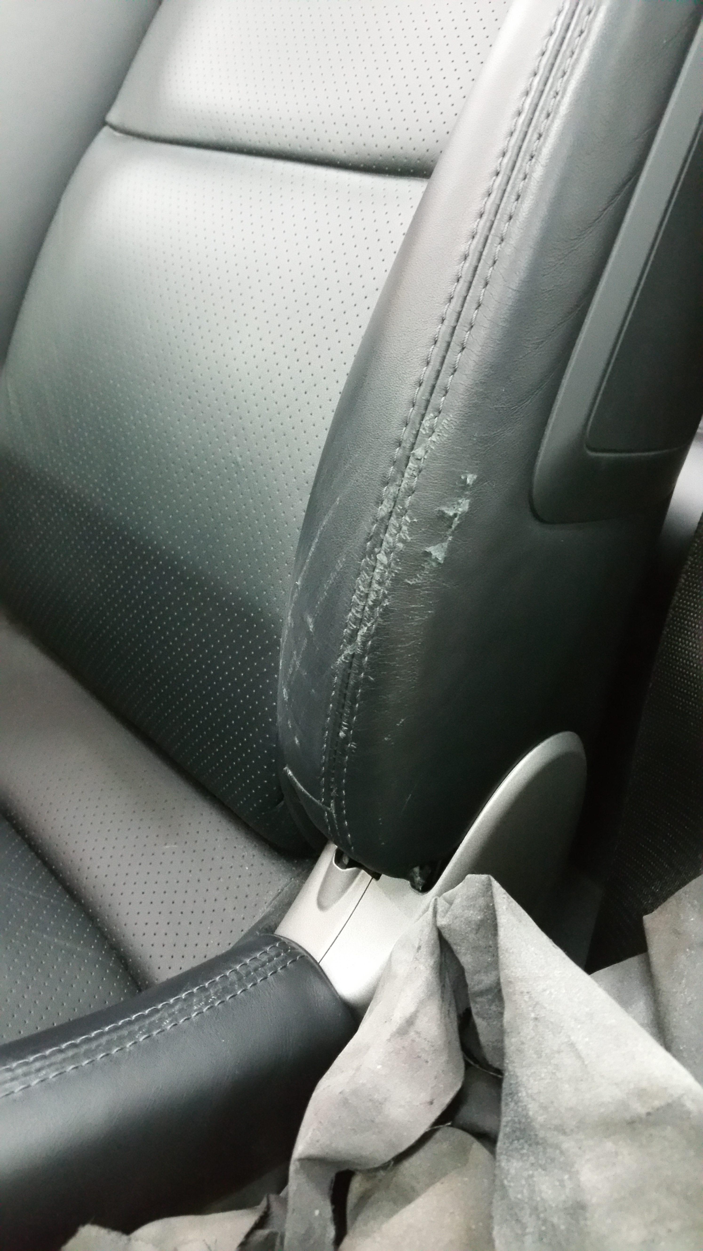 stoel lendensteun beschadigd auto interieur