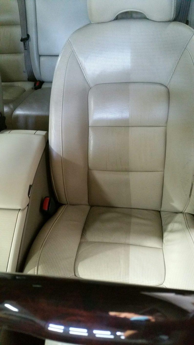 reinigen professioneel stoel interieur poetsen auto